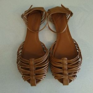 NWOT American Eagle Size 10 Flat Strappy Sandals